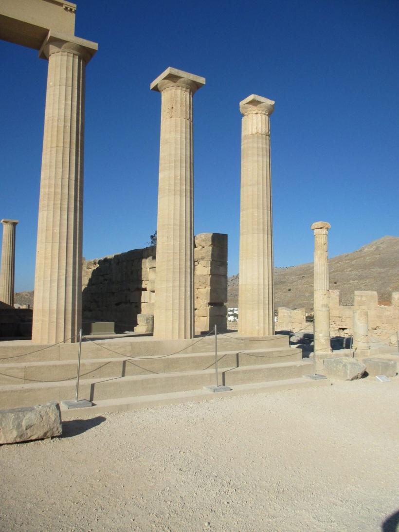 columns Lindos