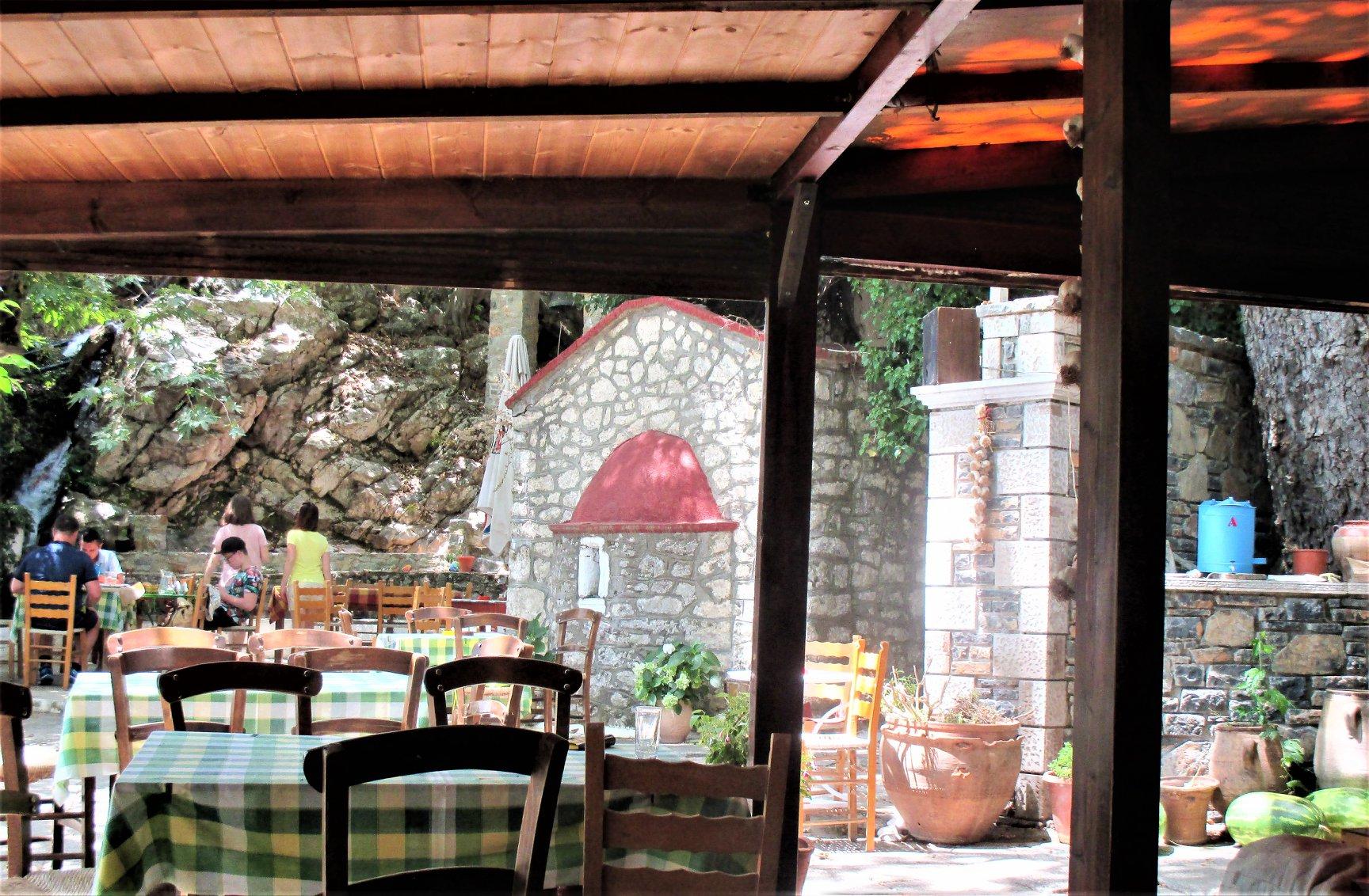 taverna Agia Paraskevi